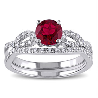 Miadora 10k White Gold Created Ruby and 1/6ct TDW Diamond Bridal Ring Set (G-H, I1-I2)