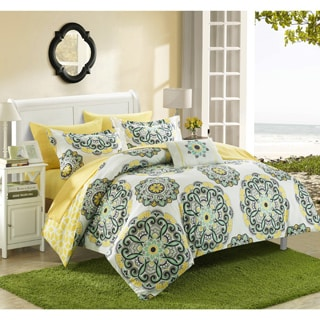 Chic Home Catalonia Medallion Reversible 8-piece Bed in a Bag Set