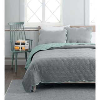 Avondale Manor Charlotte 3-piece Reversible Quilt Set