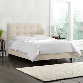 Skyline Furniture Tufted Bed in Linen Talc