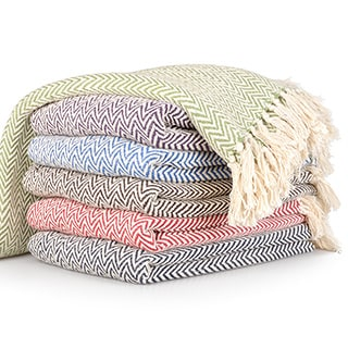 Journee Home 'Amelia' Fringed Chevron Print Throw Blanket