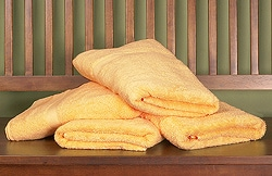 Royal Velvet Mango Big and Soft Towels (Set of 4)