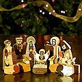 Set of 11 Pinewood &#39;Christmas Gift&#39; Nativity Scene (El Salvador)