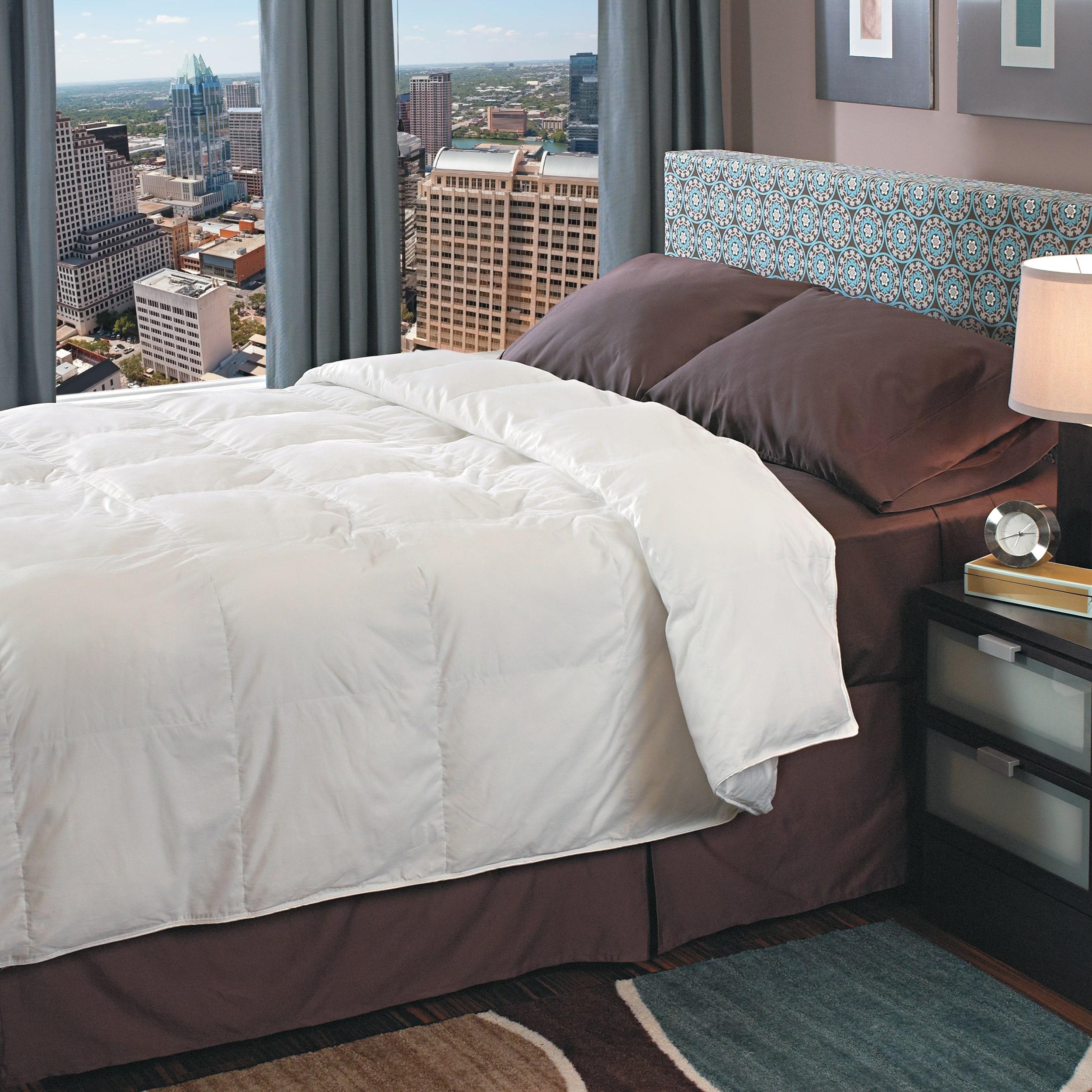 Radiance 700 Thread Count Oversized Down Alternative Comforter