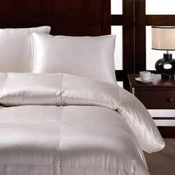 Silk Baffle Box 500 Thread Count Queen/ King-sized Down Comforter