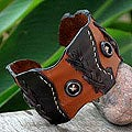 Leather &#39;Chestnut Buttons&#39; Cuff Bracelet (Thailand)