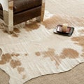 Handpicked Hacienda Argentinian Brown Cowhide Leather Rug (5&#39; x 7&#39;)