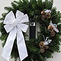 Fresh Balsam 24-inch White and Gold Wreath