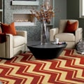 Classic Chevron Area Rug (8&#39; x 10&#39;)
