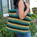 Handmade Green and Yellow Crochet 'Chic To Go' Handbag (Thailand)