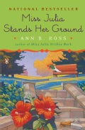 Miss Julia Stands Her Ground (Paperback)