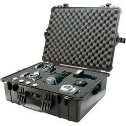 Pelican PELICAN 1600 COPOLYMER RUGGED CASE W/ FOAM