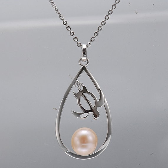 "Oval Turtle Pearl Necklace Sterling Silver Pendant 18"" Chain"