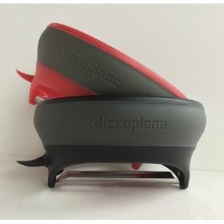 Microplane Grip and Strip Peeler Set, Serrated & Straight Blade Peeler, Black/Red, 3-Piece Set