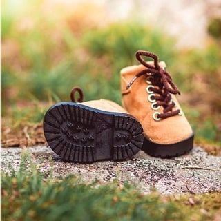 High Quality Hiking Boot Shoes with Realistic Shoe Box Sized For 18 Inch American Girl Dolls