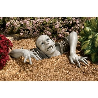 Design Toscano Halloween The Zombie of Montclaire Moors Statue