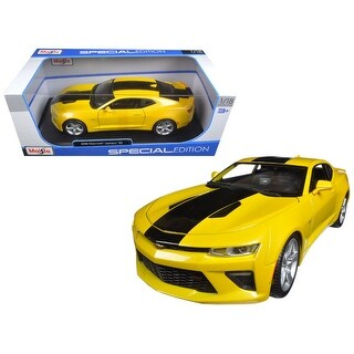 2016 Chevrolet Camaro SS Yellow 1/18 Diecast Model Car by Maisto