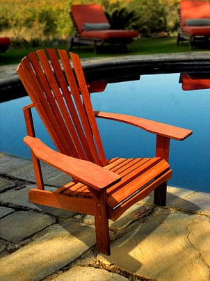 How to Protect Wood Outdoor Furniture