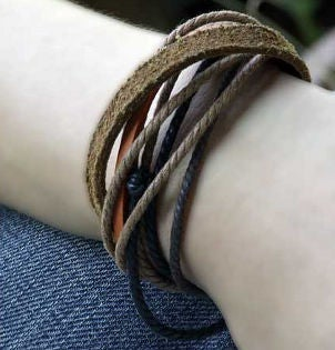 How to Braid a Bracelet