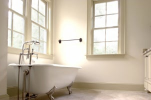 How to Remove an Old Bathtub