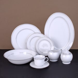 How to Display Fine China