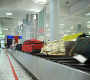 Hardside Luggage vs Softside Luggage