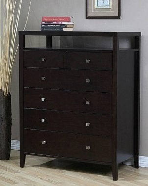 How to Organize a Chest of Drawers