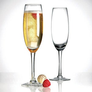 How to Serve Champagne in a Glass
