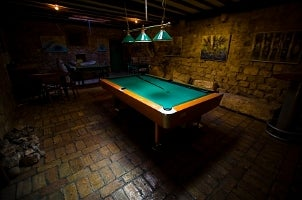 Things to Consider When Buying a Billiards Table