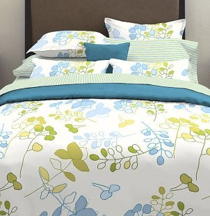 Duvet covers come in a variety of colors and prints