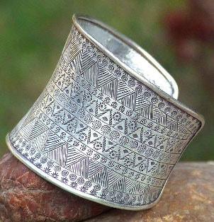 Best Unusual Cuff Bracelet Styles