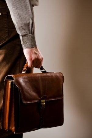 FAQs about Leather Briefcases