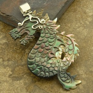 Men's dragon jewelry pendant made of green and red mother of pearl