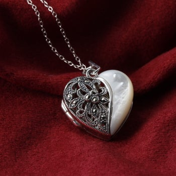 How to Fit a Photograph into a Locket