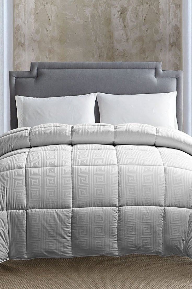 Best Down Alternative Comforters for Winter