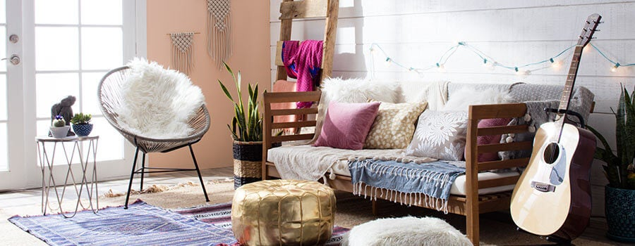 Boho Chic Styled Living Room With Floor Pillows String Lights And A