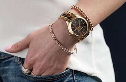 Chic Gold Watch
