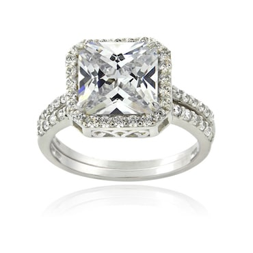 Brilliant Cubic Zirconia Ring