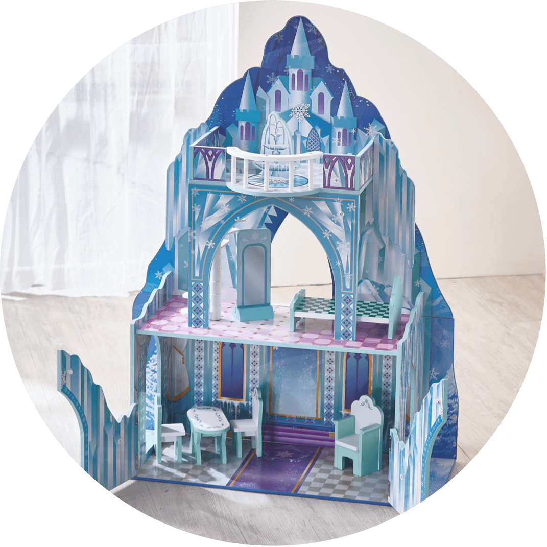 A girls playhouse, a perfect Chrismtas gift for girls