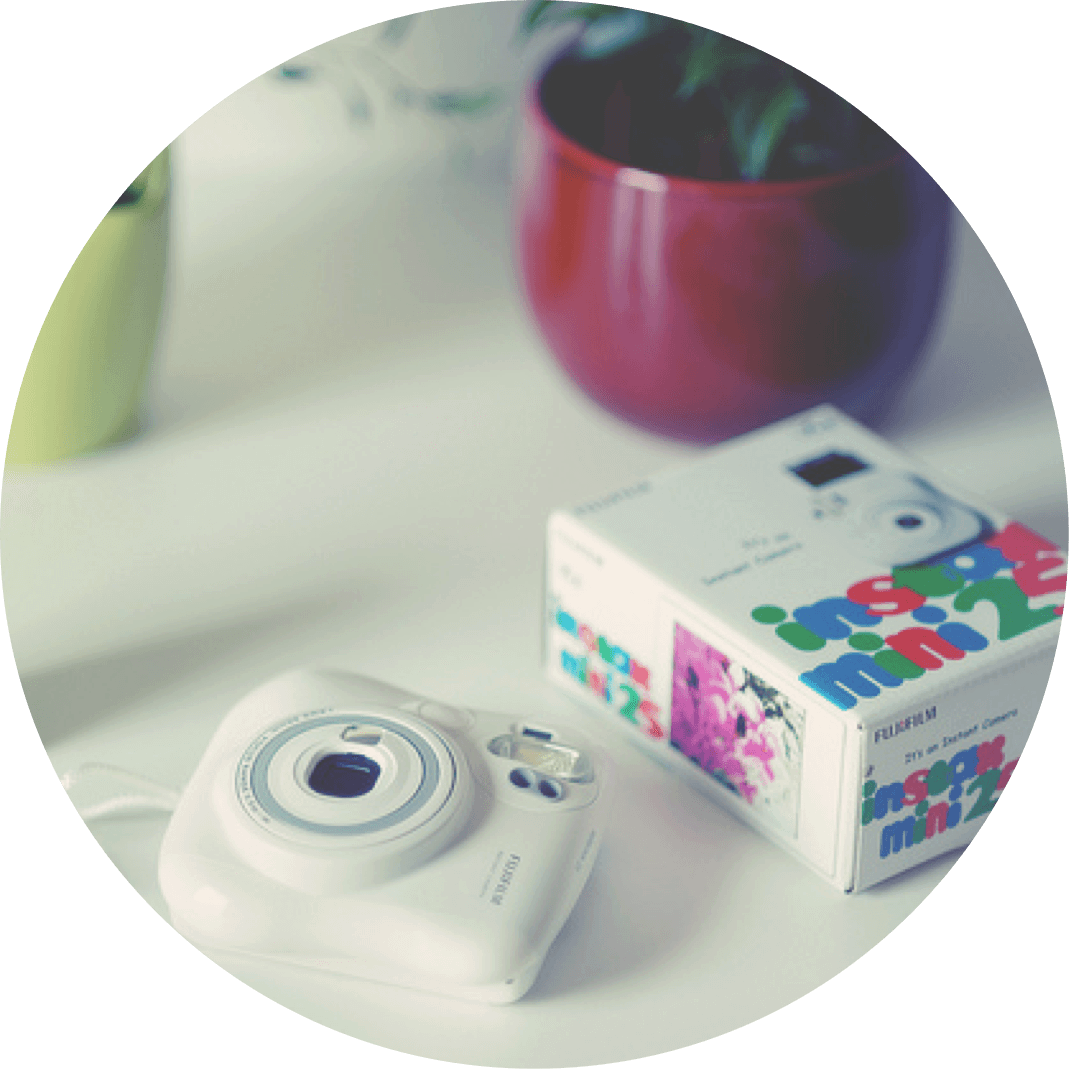 A instax camera, a great Christmas gift for tweens and teenagers