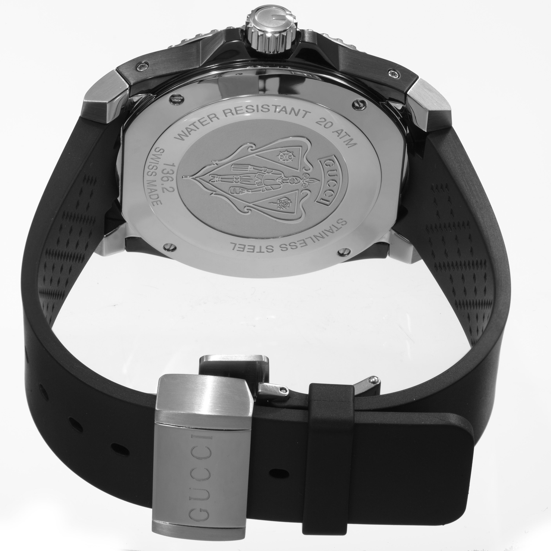 5411d63e6ff Shop Gucci Men s YA136204  Dive  Black Dial Black Rubber Strap Swiss Quartz  Watch - Free Shipping Today - Overstock - 10290487