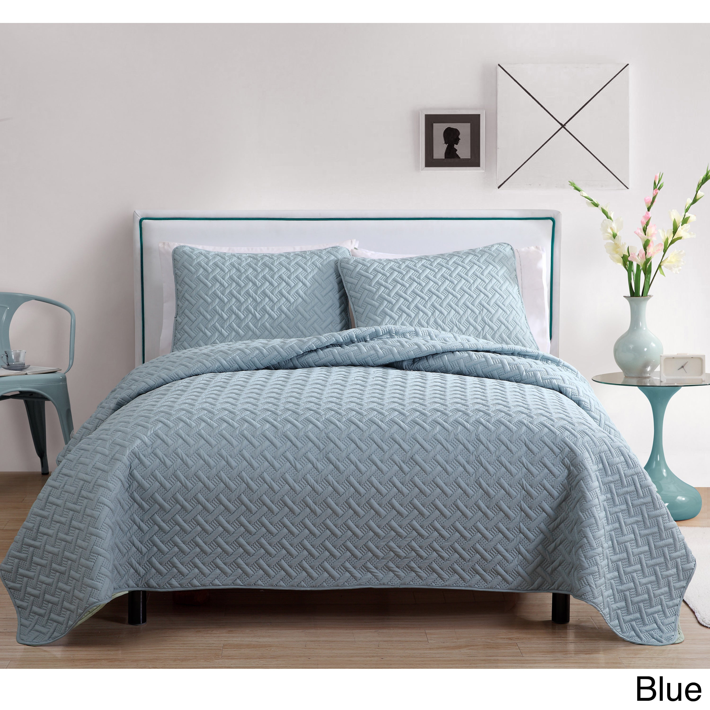 set zoom quilt image to queen over cover hover bed lester product sz kmart