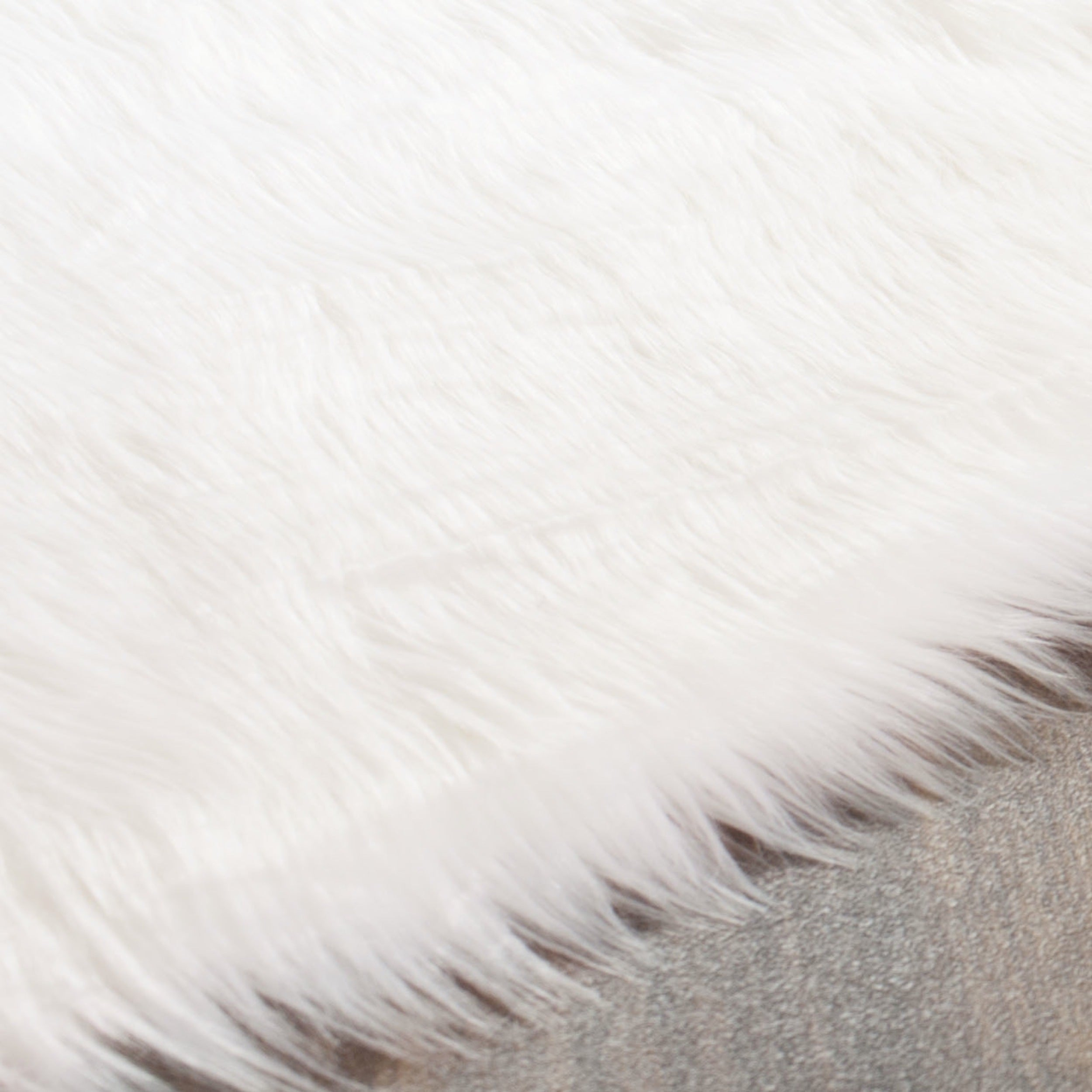 Safavieh Faux Sheepskin Ivory Anese Acrylic Rug 5 X 8 On Free Shipping Today 10468444