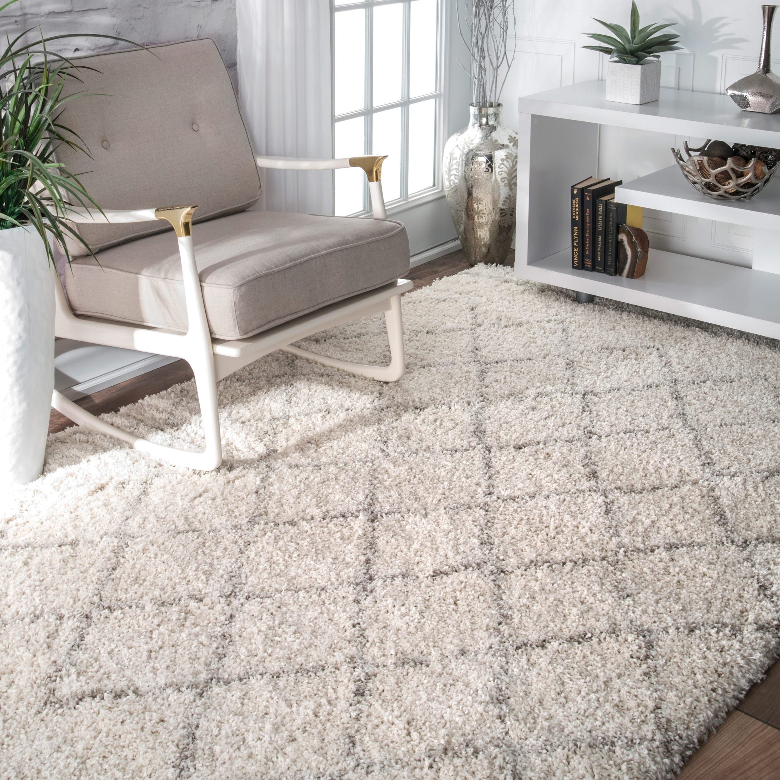 nuLOOM Soft and Plush Moroccan Trellis Natural Shag Rug 5 x 8
