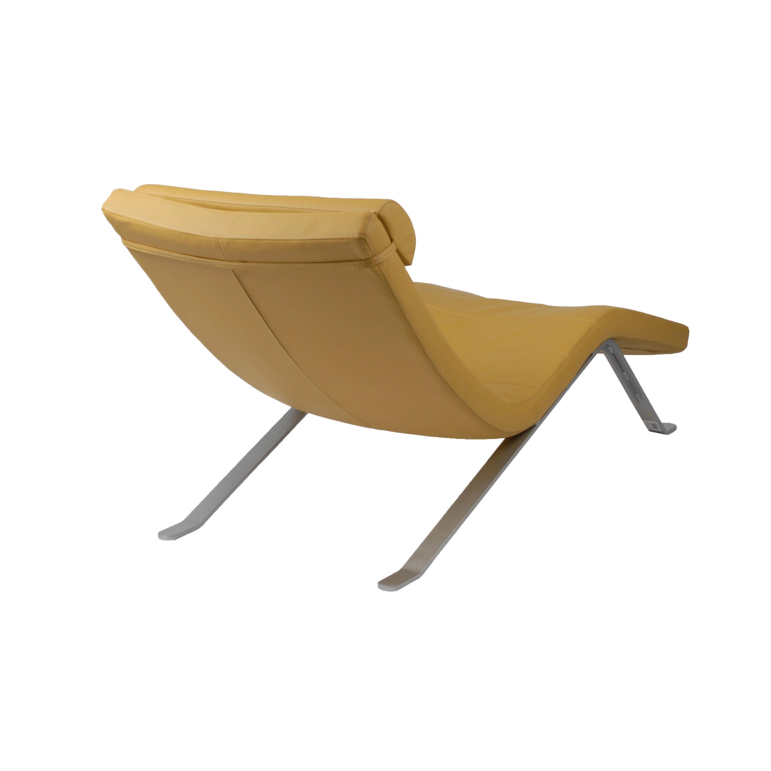 Merveilleux Shop Gilda Lounge Chair   Saffron/Silver   Free Shipping Today    Overstock.com   10756517