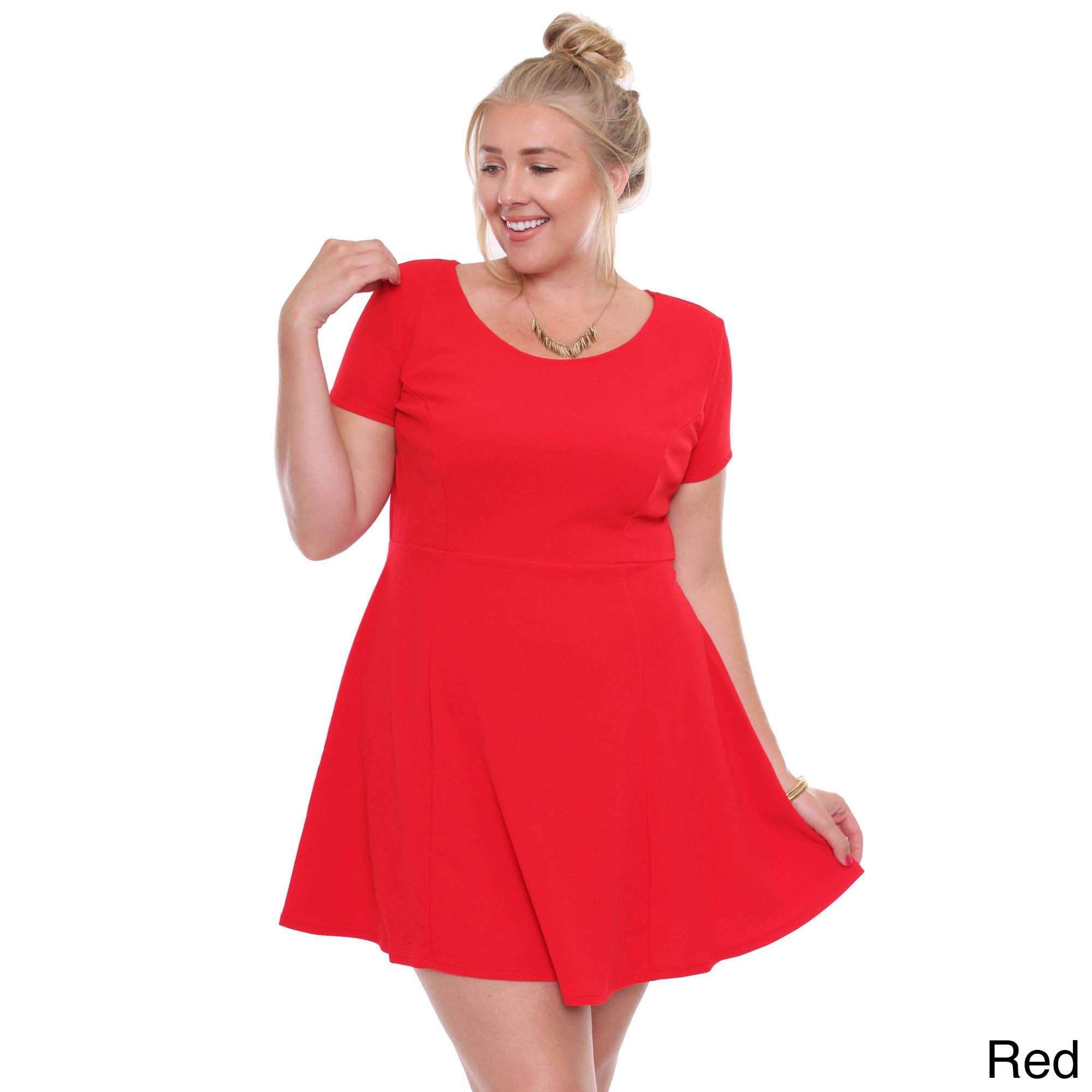 Women\'s Plus Size Red Short Sleeved Skater Dress