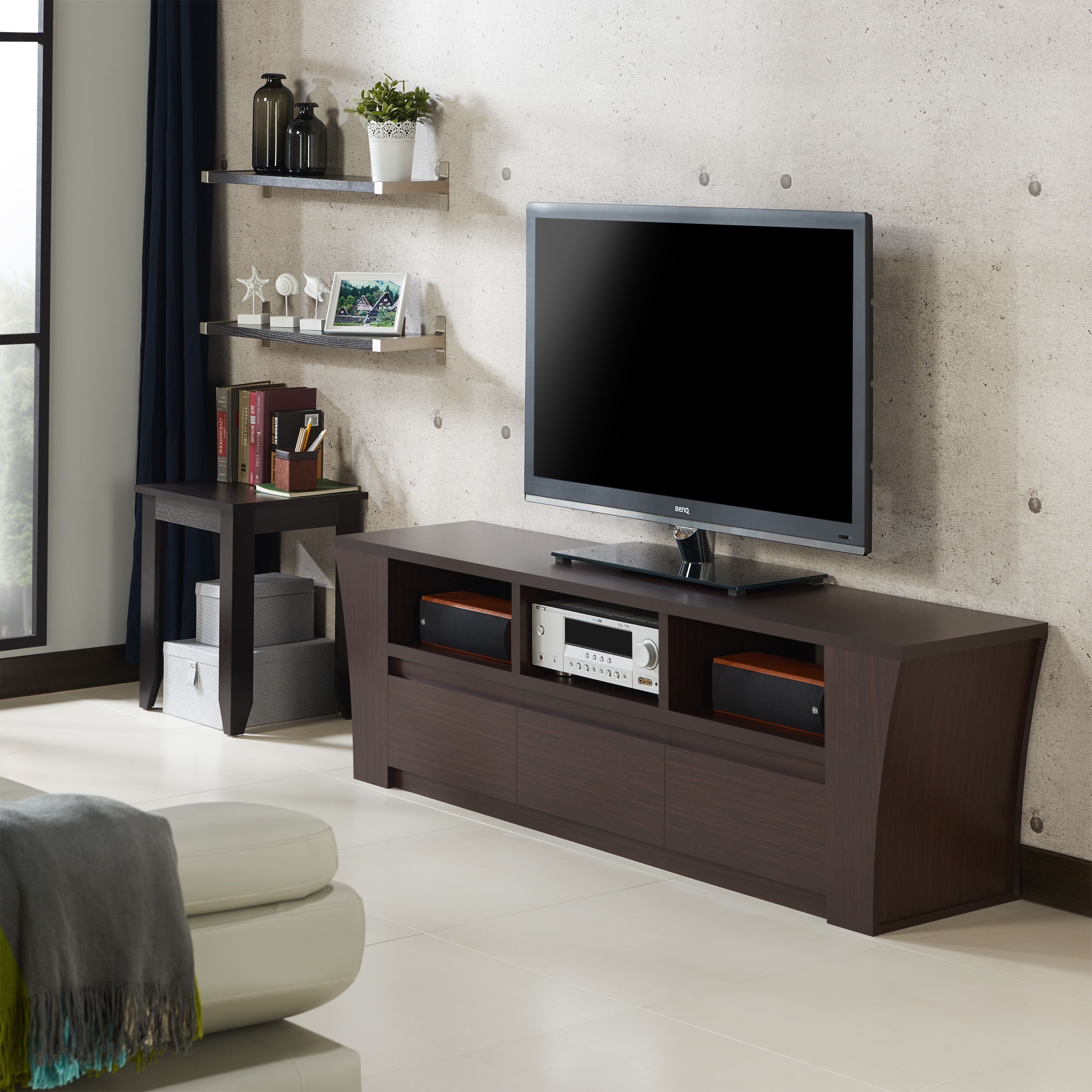 Shop Furniture Of America Carren Flared Walnut 3 Drawer TV Stand   Free  Shipping Today   Overstock.com   10958351