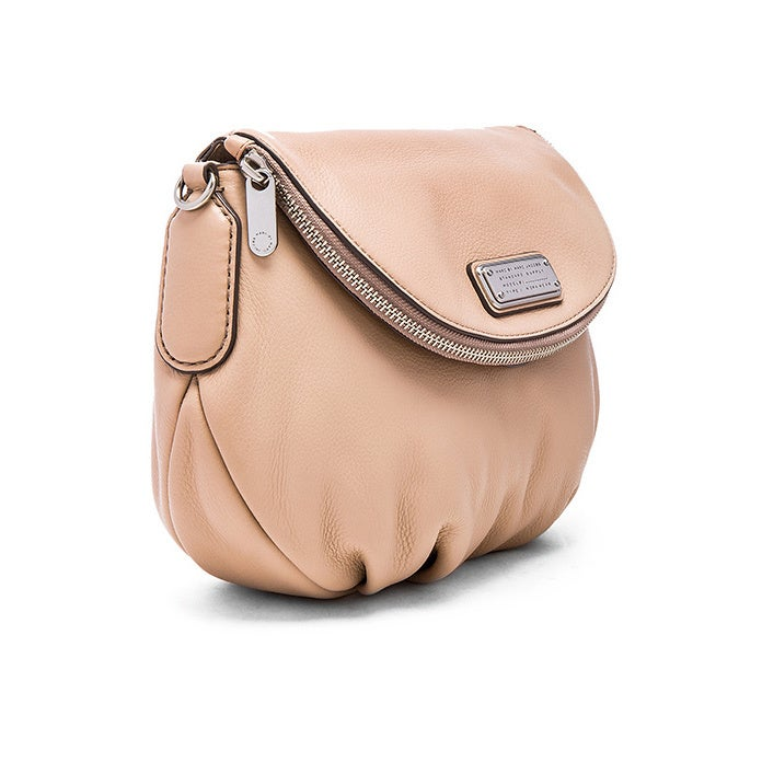 f53524371f51 Shop MARC by Marc Jacobs Pearl Blush Leather New Q Natasha Crossbody Bag -  Free Shipping Today - Overstock - 11112683