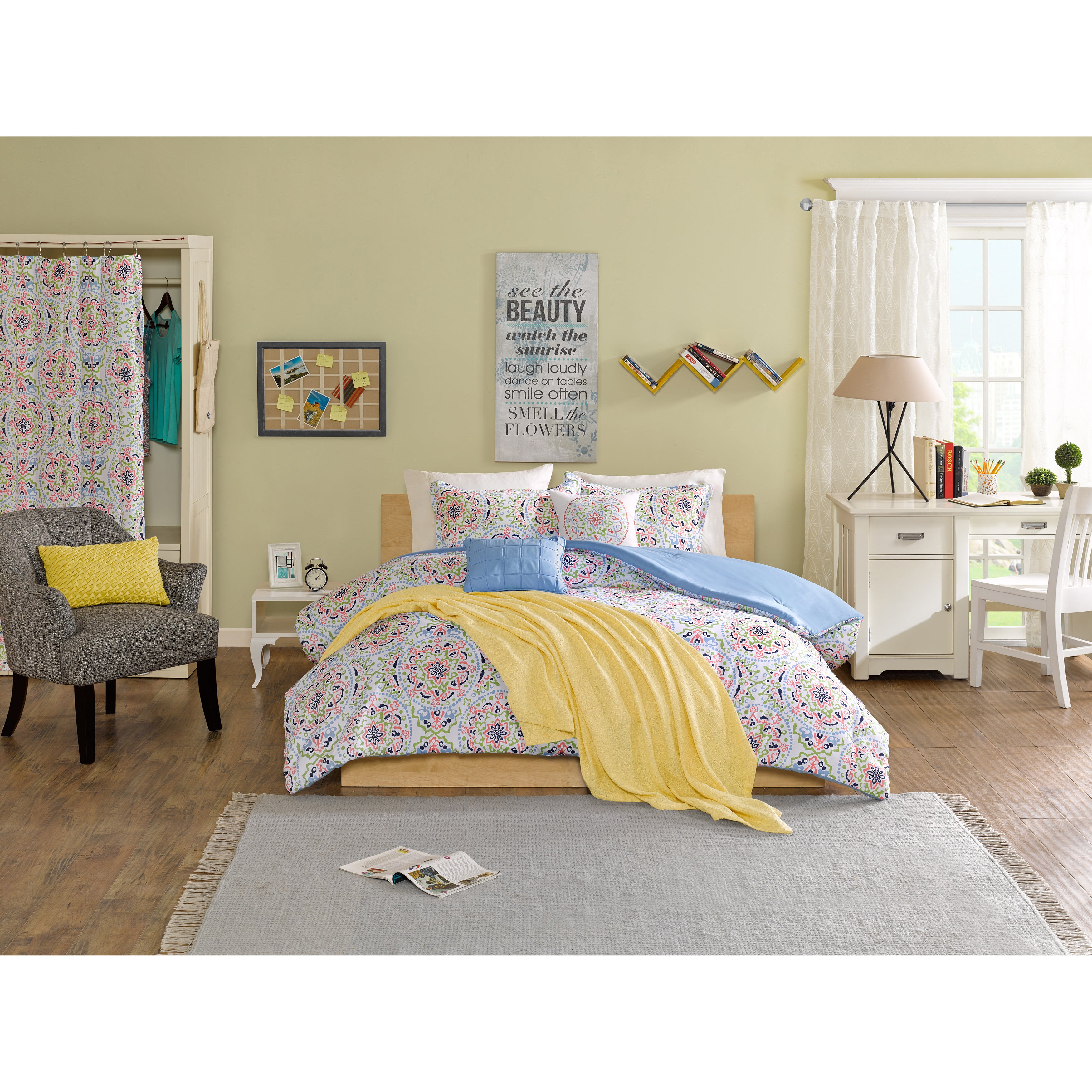 Shop Intelligent Design Hayley 5 Piece Comforter Set On Sale
