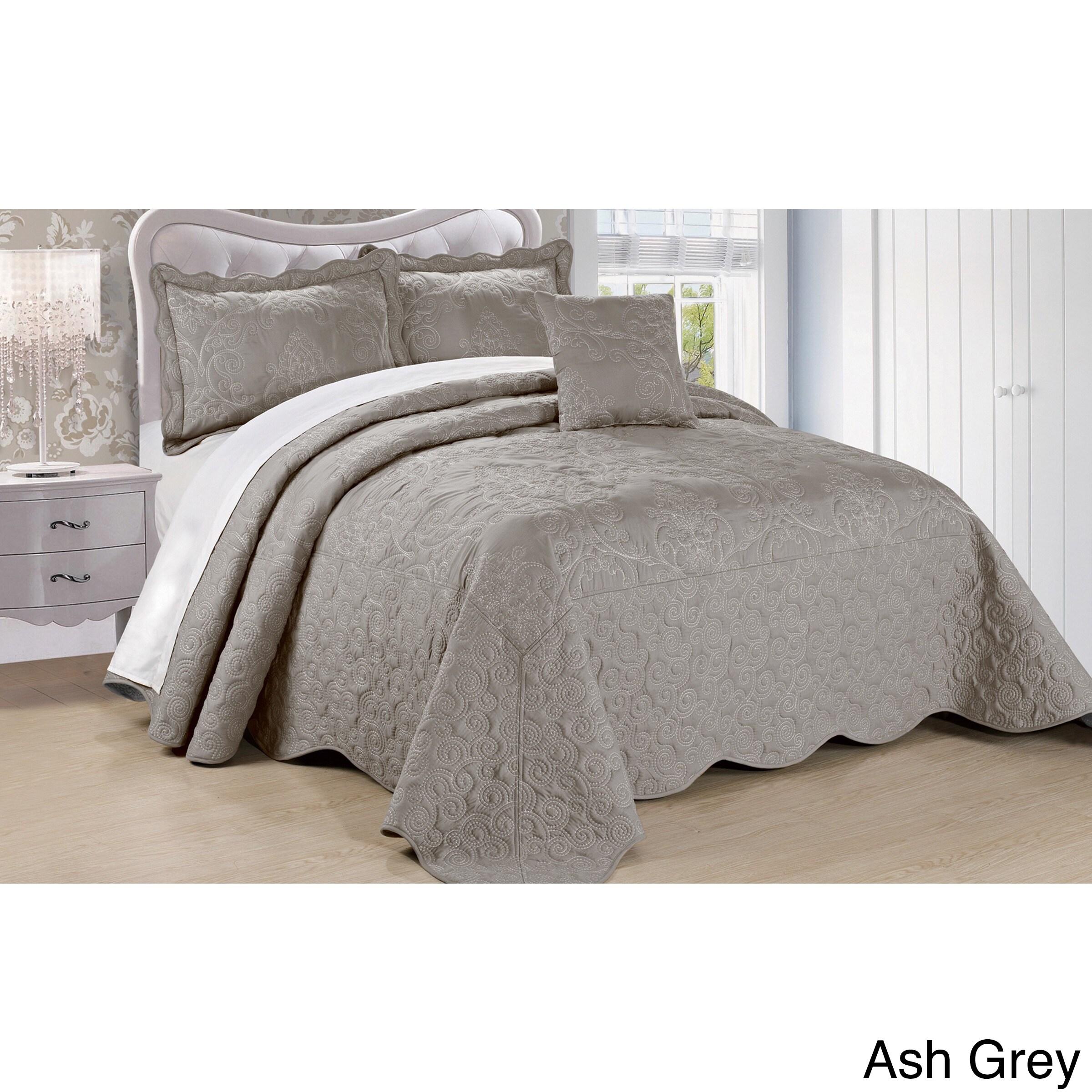 Shop Serenta Damask 4 Piece Bedspread Set   On Sale   Free Shipping Today    Overstock.com   11199151